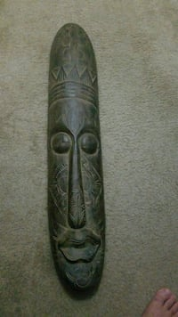 Wood mask Clermont, 34714