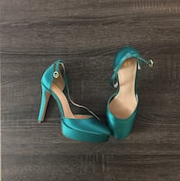 Pair of teal ankle strap heels 39 km