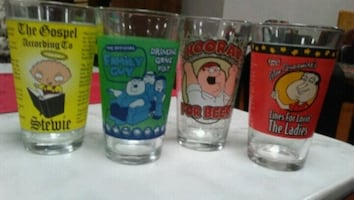 Family Guy drinking game pint glass + 3