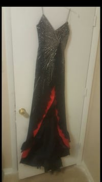women's black and red spaghetti strap formal gown
