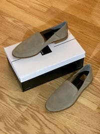 BRAND NEW Women's Almond Suede Dolce Vita loafers