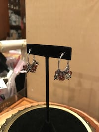 Pretty Silver hoop earrings with crystal beads Gainesville, 20155