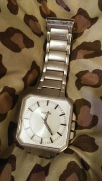 Mens Nixon watch (jump) the platform $150firm Winnipeg, R3T 3X8