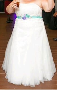 Plus size Wedding Dress size 20 McLean, 22102