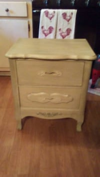 Side Table End Table Belton, 64012
