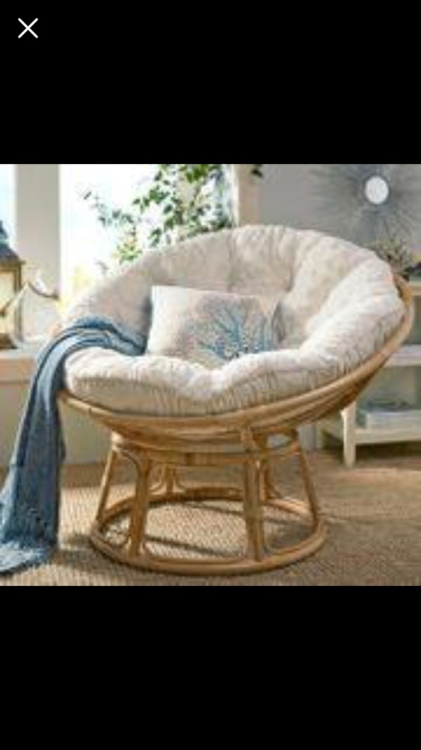 Begagnad Pier 1 Imports Papasan Natural Chair Ivory Cushion Set