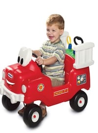 Toddler's red and white little tikes fire truck ride on toy that pumps water! Vermilion, 44089