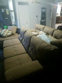 Large sectional sofa in excellent condition Orlando, 32837