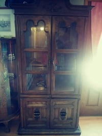 Vintage Wood Cabinet ~ needs a little work! Auburn, 98002