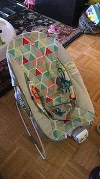 Baby's Infant to Toddler Bouncy Chair  Mississauga
