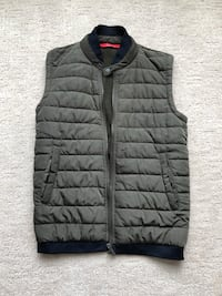 Zara Man Vest and Bomber (size small)  Vancouver, V5S 4Y1