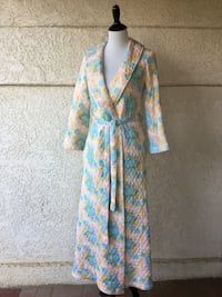 Darling 1960s Quilted Colorful Floral Long Robe Castaic, 91384