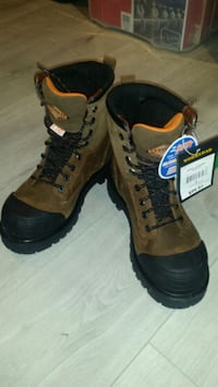 Work boots steel toe  (Workload) size 7 551 km