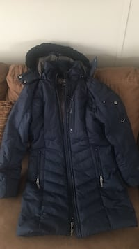 Quilted navy zippered coat