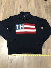 Tommy Hilfiger Large Logo Knit 1/4 ZIP Pullover Sweater. Size large Surrey, V3S
