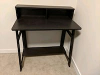 Small desk Arlington, 22201