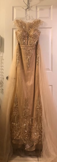Long rose gold prom dress Toronto, M9W 7J4