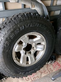 """Toyota tacoma wheels with 33"""" mud tires. Hanover, 21076"""