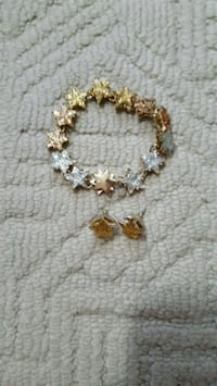 Betsey Johnson bracelet and earring set OBO Calgary, T3K