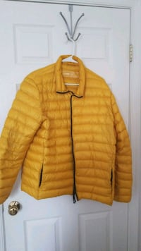 Yellow Down Jacket SIZE XL Woodbridge, 22191