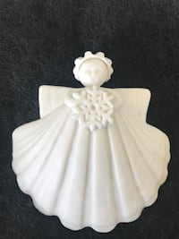 ANGEL SHELL SNOWFLAKE  PORCELAIN NUMBERED AND SIGNED La Mesa, 91942