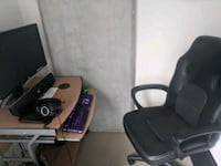 Computer desk with free chair Portland, 97209