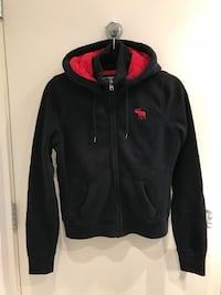 Abercrombie & Fitch Woman Hoodie - M Burnaby, V5A