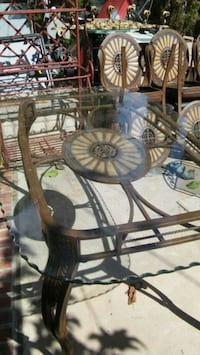 Beautiful glass table and 6 suede chairs El Paso, 79930