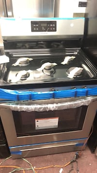 """New Frigidaire 30"""" Stainless steel 5 Burner Gas Stove  New York, 10459"""