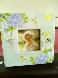 Lavender and yellow floral picture frame Suffolk, 23434