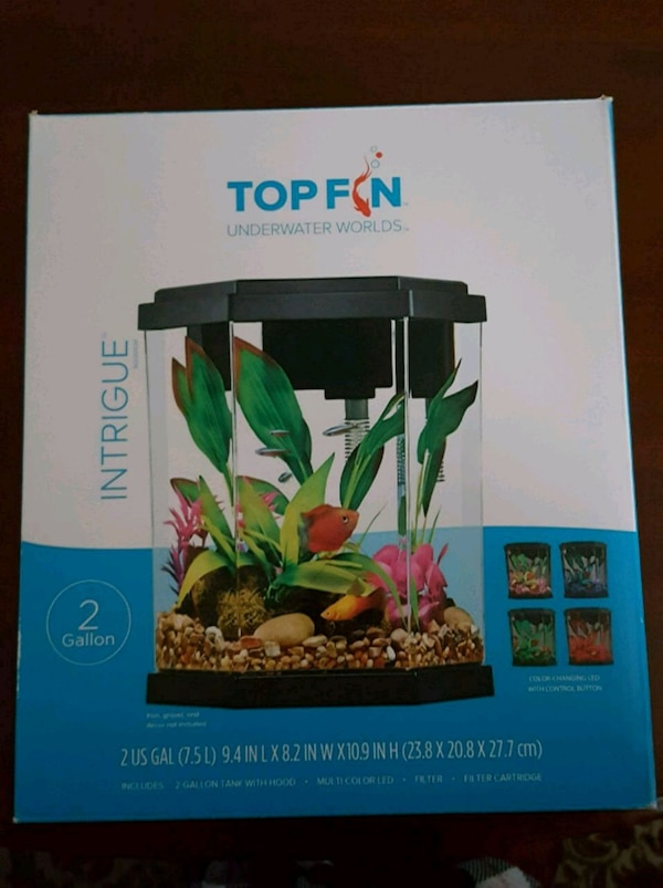 Fish Water Tank. In box. Never used 74411361-a344-49c6-8951-14ae674c7385
