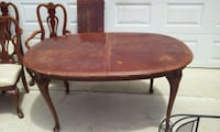 French Provincial Dining Room Table. Long Beach