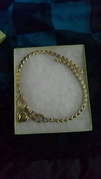 silver-colored necklace with box Toronto, M3N 1T9