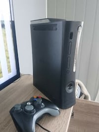 xbox 360 elite med chip, 120gb Grinder, 2264