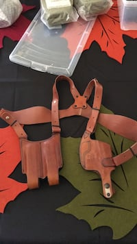 Gun holster leather