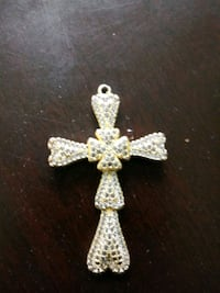 24k gold with diamond pendant cross Brandywine, 20613