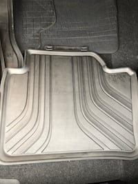 BMW winter mats. Used once. Practically new! Mississauga, L5M 6K4