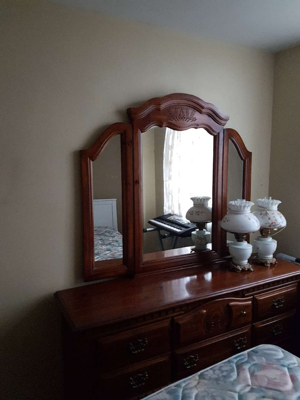 Dresser FREE TODAY ONLY