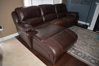 Brown leather reclining sofa Whitchurch-Stouffville, L4A 0K8