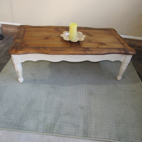 Farmhouse Coffee Table Antique White Rustic Wood Finish Shabby Chic Detail Carved Four Legs Brown And Great Condition 48 Long X 17 H