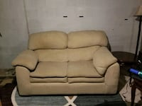 Small couch Council Bluffs, 51501