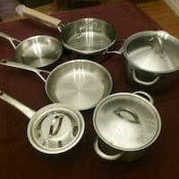 Full set of stainless pots and pans Lincoln, L0R 1B7