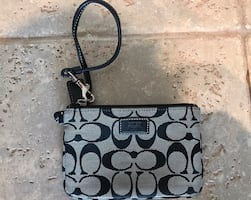 Coach Signature Wristlet Black/gray