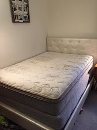 Double Bed North Vancouver, V7G 2J3