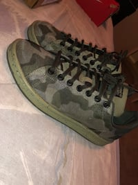 Limited Edition Camo Stan Smith's  Cypress, 77433