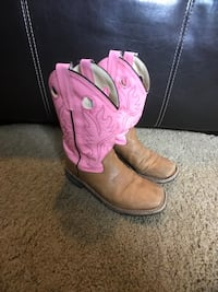 Girls Youth Old West Cowgirl  Boots 2.5 Arvada, 80005