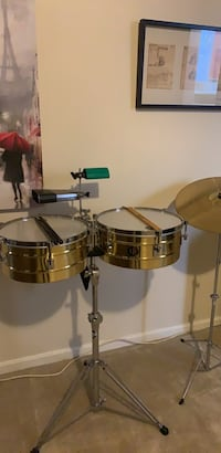 Stainless steel drum set with stand Bristow, 20136