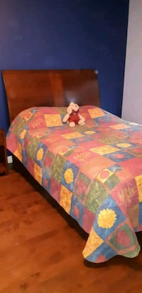 yellow, blue, and red floral bed sheet Montréal, H1E 3L3