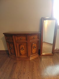 Entrance table and mirror  Markham, L6C 1A8