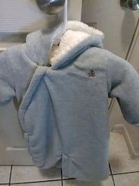 gray and white zip-up hoodie Austin, 78741